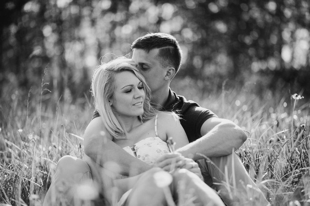 sesja wiosenna pary zakochanych